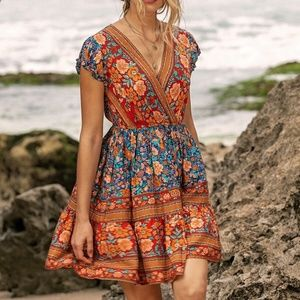 Dresses & Skirts - Boho Chic Floral Print V-neck Ruffle Hem Dress
